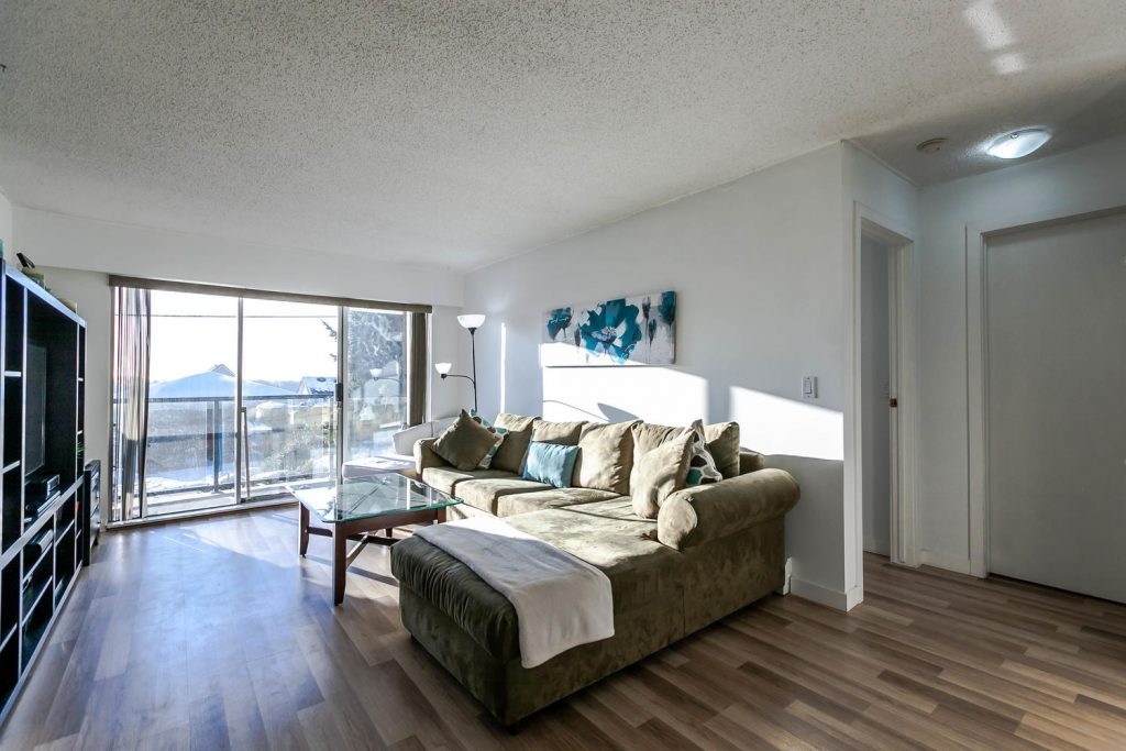 106 230 Mowat Street New Westminster Bc Todd Conner