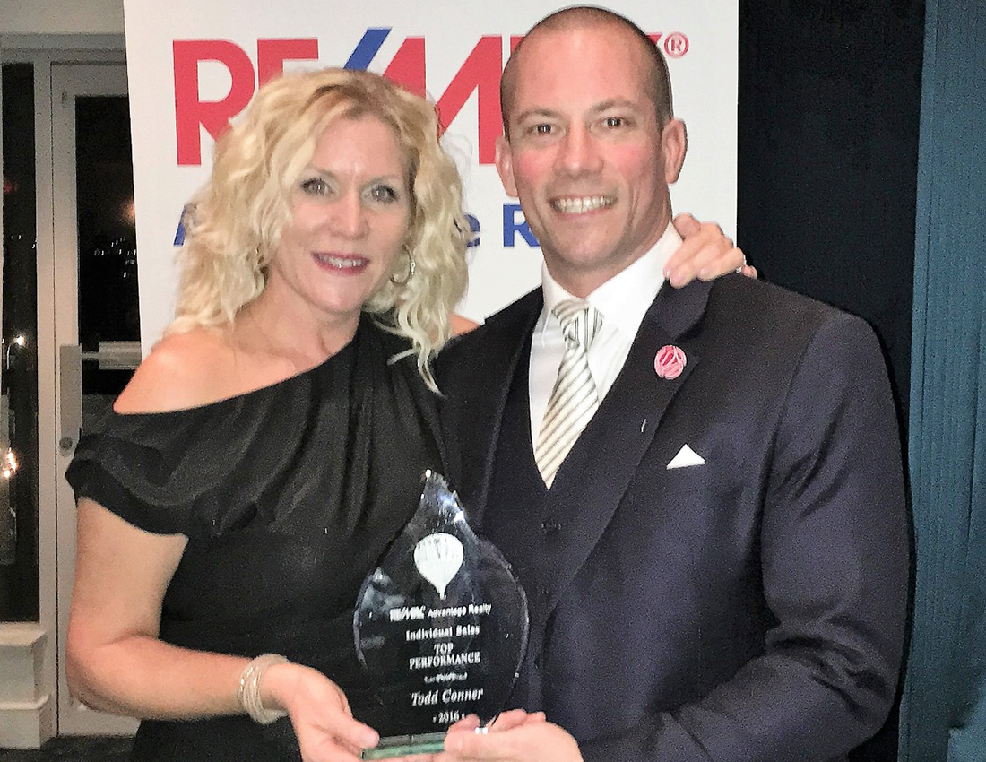 Karen Conner at Re/max award night